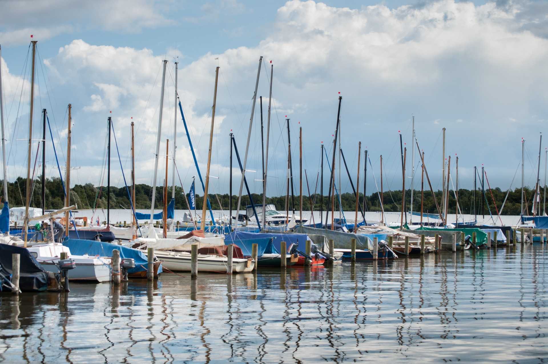 boats-sailboats-harbor-harbour-1